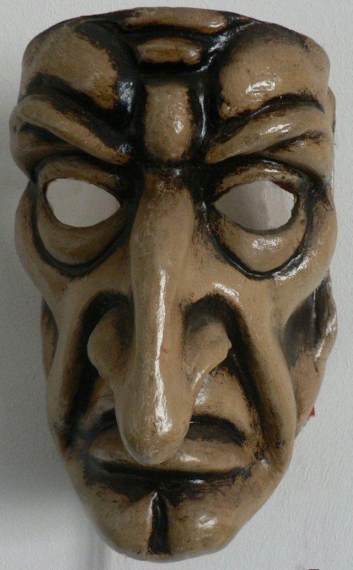 masque dans Chansons du coyote