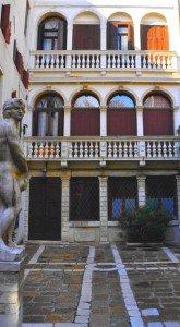 PRESIDENTIELLES FRANCAISES à VENISE dans Venise : vie quotidienne & familiale 110-165x300
