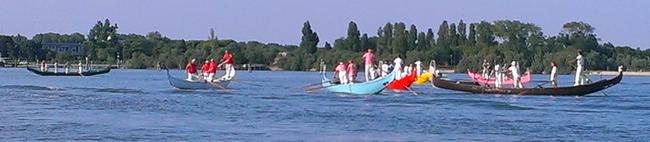 COURSE de GONDOLES sur la LAGUNE de VENISE dans 02 Venise : évenements 012