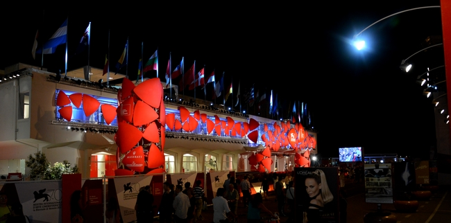 MOSTRA DE VENISE : « LA JALOUSIE » dans 02 Venise : évenements 013