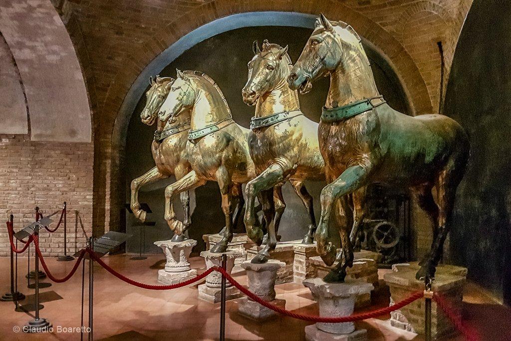 19-chevaux originaux